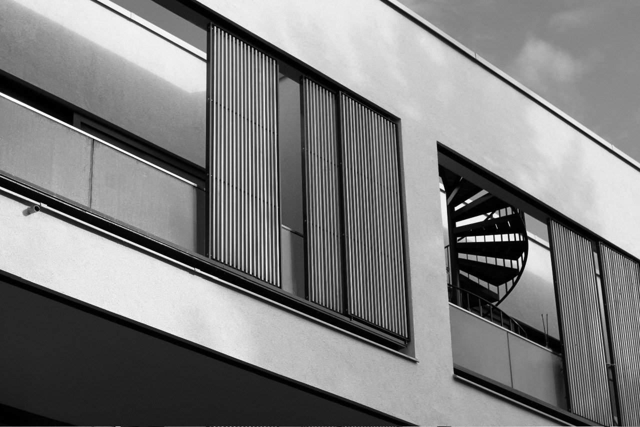 Holz Stahl Stahlzart timeless design Fassade Architektur