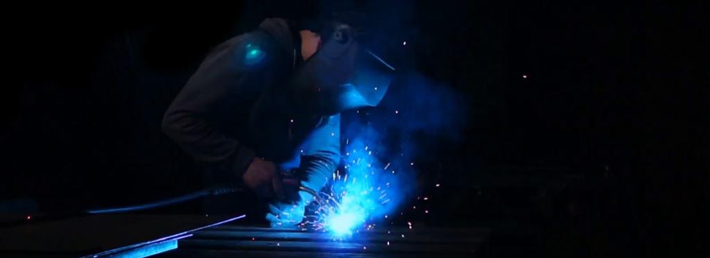 metallbauer-job-stellenangebot-dresden-leipzig-stahlzart-offene-stellenanzeige-metallbauerin